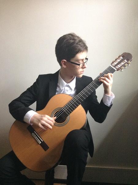 Jack-Kobus-Des-Simmons-Award-for-guitar